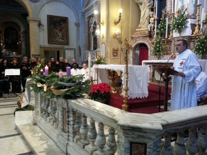 Don Segundo Tejado from Cor Unum celebrates the wave of prayer with Caritas in Rome. Copyright: Caritas/Michelle Hough
