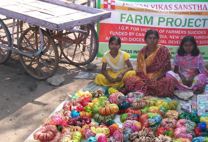 In India, Caritas livelihoods programmes are helping widows and other family members affected by farmer suicides. Photo: Caritas India